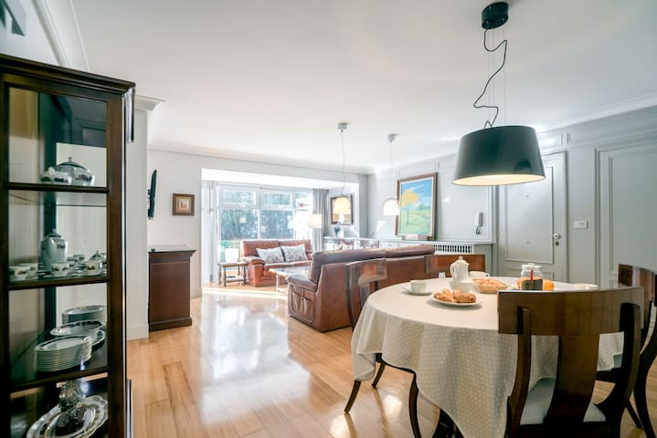 Parking, terraza, wifi. A 10 minutos del centro. - Donostia - House