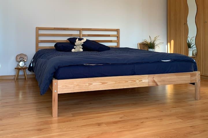 Schöne 2–Zimmerwohnung mit genialer Aussicht