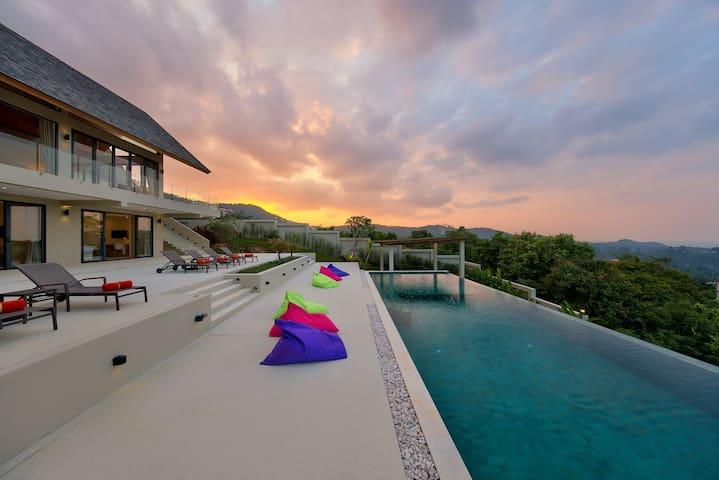 4 Bedroom Nojoom Hills - Modern Sea View Villa