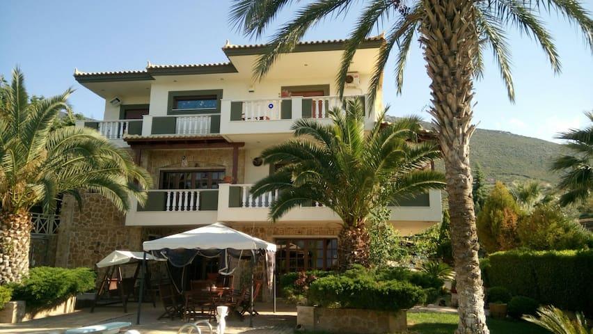 Lux Villa Anthidon Chalkida