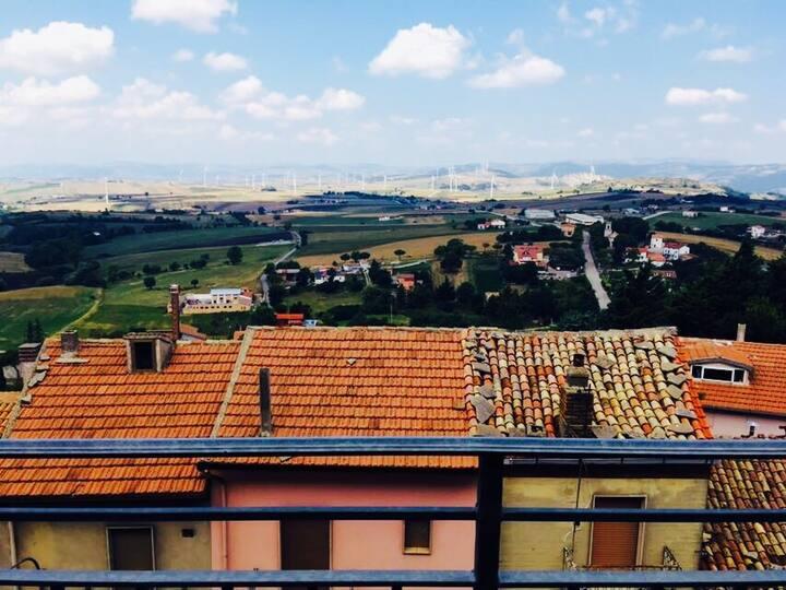 Monteleone di Puglia ,via puglie