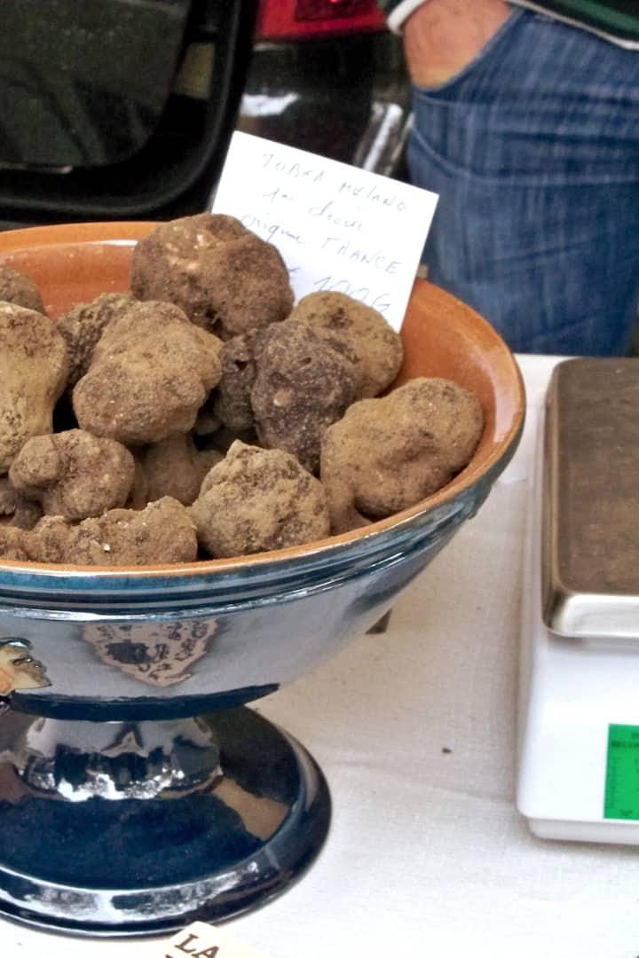 Stroll the Truffle Market