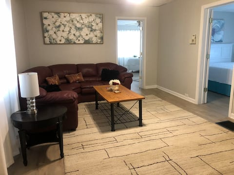 3 bedroom close to downtown Erie. No locals