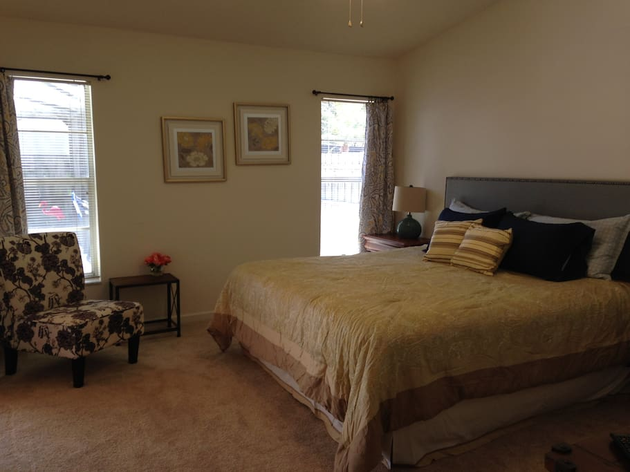Master Bedroom with bath - king bed