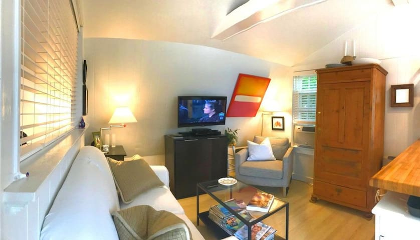 Provincetown Oceanview Condo. The Perfect Getaway!