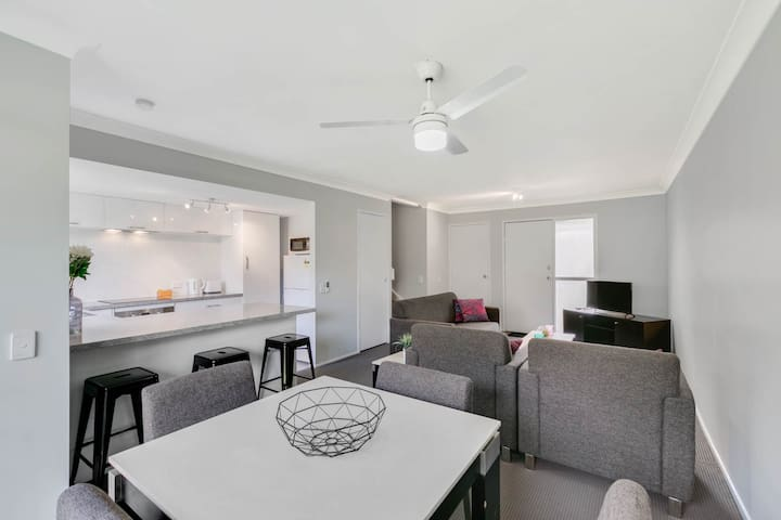 Central Gold Coast Apartment, Nerang - Nerang - บ้าน