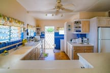 Beach View Fully Equipped 2 Bedroom Cottage