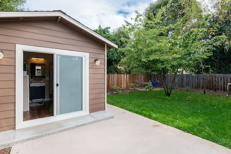 Private Tiny House, Bike to Stanford/FaceB/Goog/VA - Menlo Park - Ξυλόσπιτο