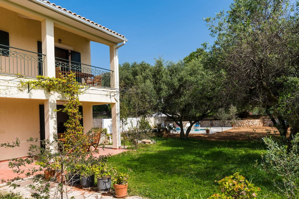 apartment & garden view