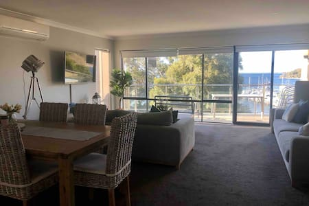 Stylish Apartment Escape in the Heart of NelsonBay