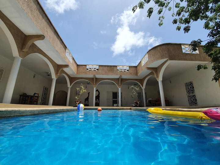 Villa KEUR ZOLA