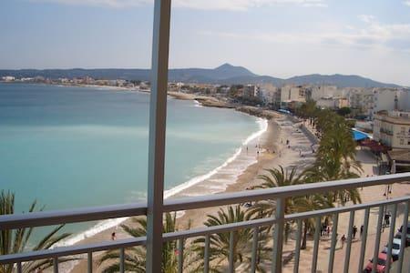 1ª linea de playa  Puerto de Jávea. - Javea