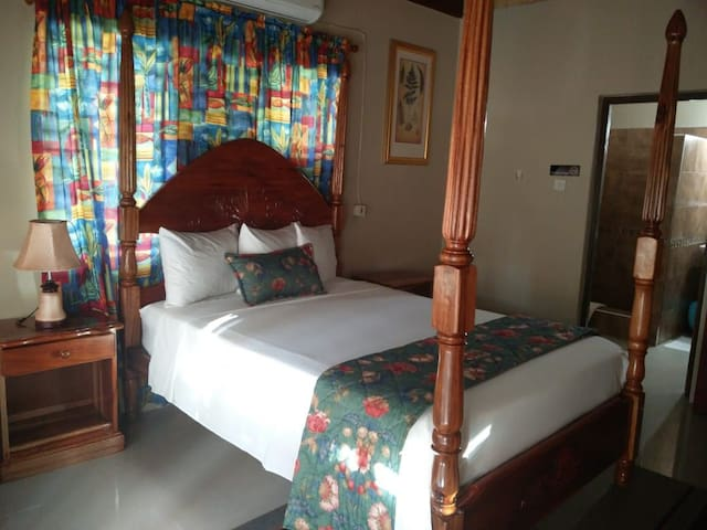 Moonrise Villas Deluxe Room #208