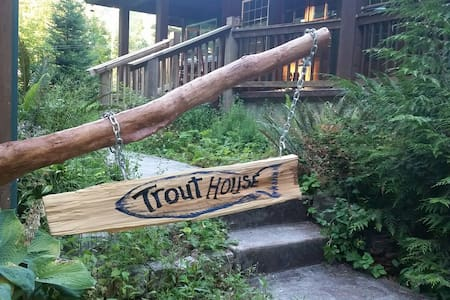 Trout House at Mt Rainier - Ashford - Ház