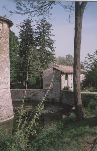 Casa indipendente in Val Luretta - Gazzola - Hus