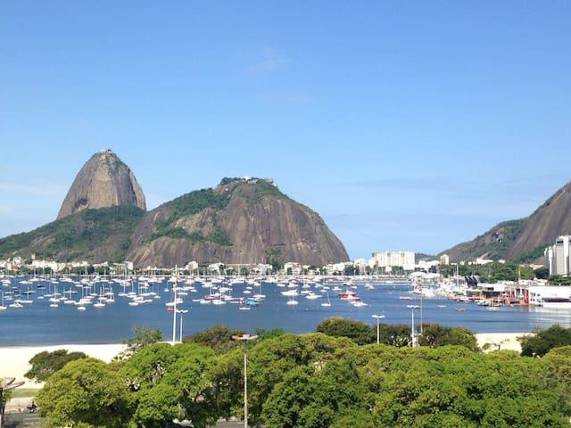 Rio Botafogo studio - great view!