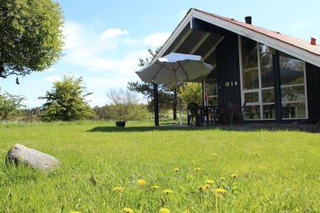 Secluded danish holiday home  - Skals - Huvila