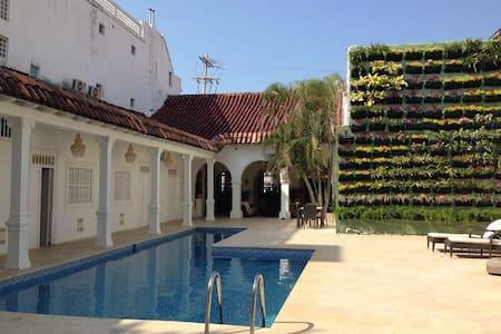 Magestic Luxury Villa/ Old City - Cartagena