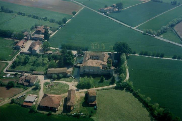 Casa Vacanze Terre di Lisignano - GAZZOLA - Leilighet