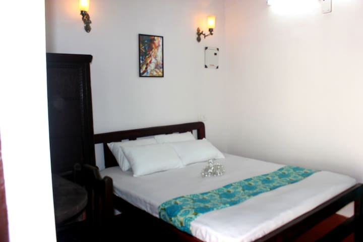 Charming Cottage in Panjim. Goa - Panjim - Wikt i opierunek