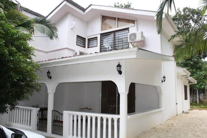 Villa Dany - Bel Ombre - Dům