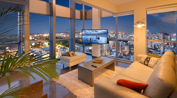 Spectacular Penthouse 2BR with River&Sunrise views