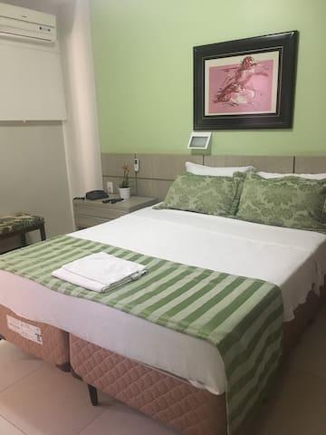 HOTEL Suíte com ar, 2 pessoas Centro - conforto