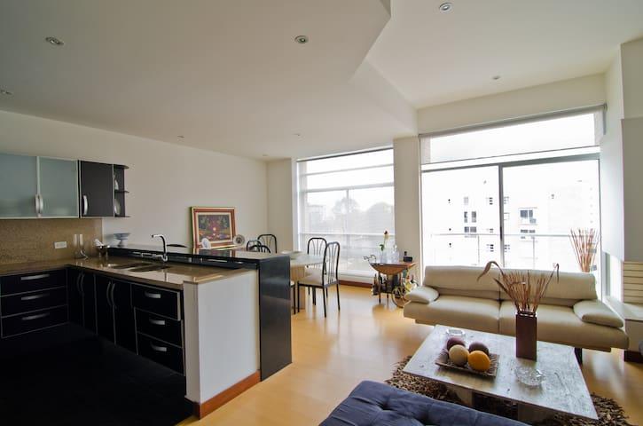 Room in Luxurious Duplex Apartment