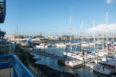 Waterside view towards the Barbican - Mount Batten, Plymouth - Townhouse