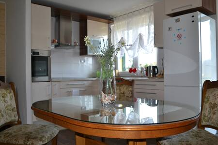 Apartment Etna (family-friendly area with PARKING) - Vranjic - 公寓