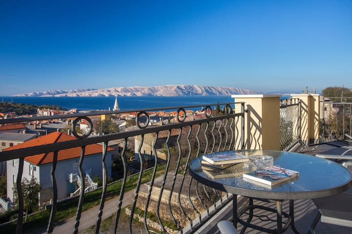 Apartments Laura-Superior  - Senj - Huoneisto