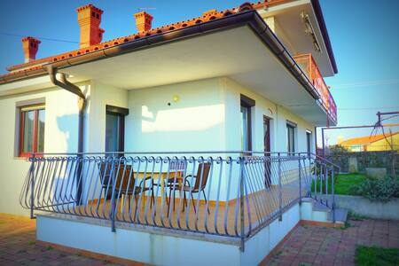 Apartment with Private Terrace Franko FK2 - Korte - Pis