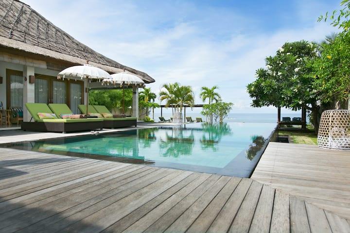 Villa Disana & Spa Beachfront Amed