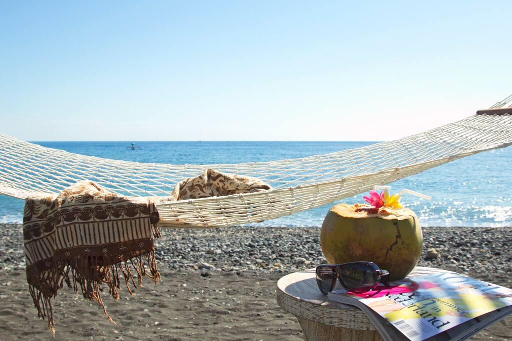 Villa Disana & Spa Beachfront Amed, your own hammock on the beach