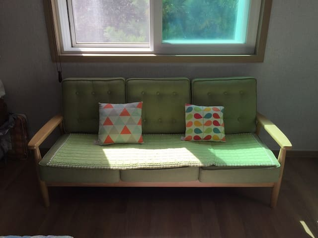 Private one room sharing in single house