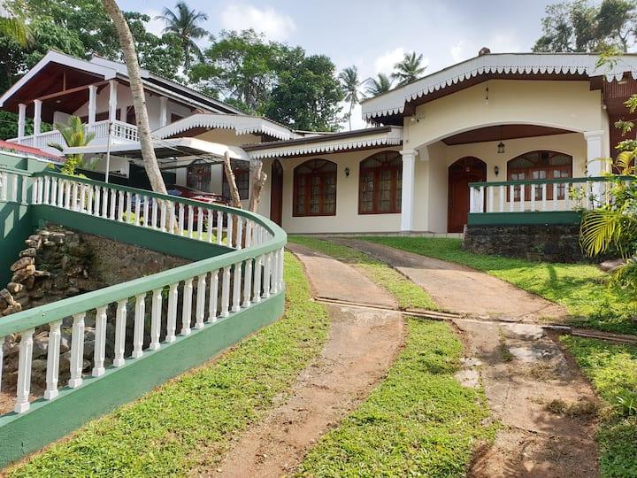 Heritage Bungalow Hikkaduwa