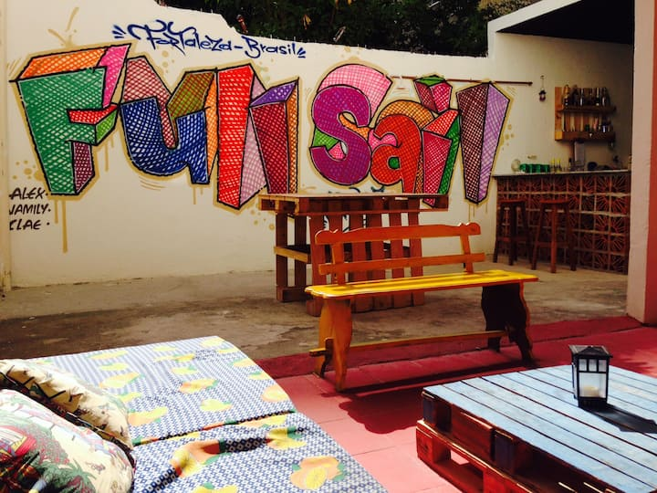 Full Sail Hostel - 4 Bed Dorm