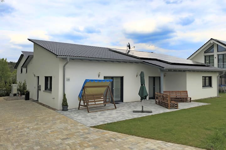 Holiday home with garden and terrace in Bodenwöhr, in the Upper Palatinate close to the Hammersee