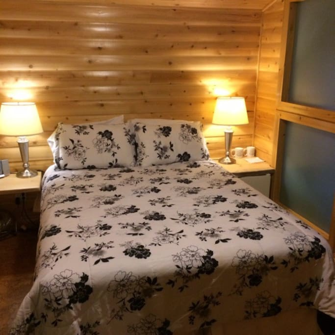 With Egyptian cotton sheets and goose down pillows you will sleep like a log.