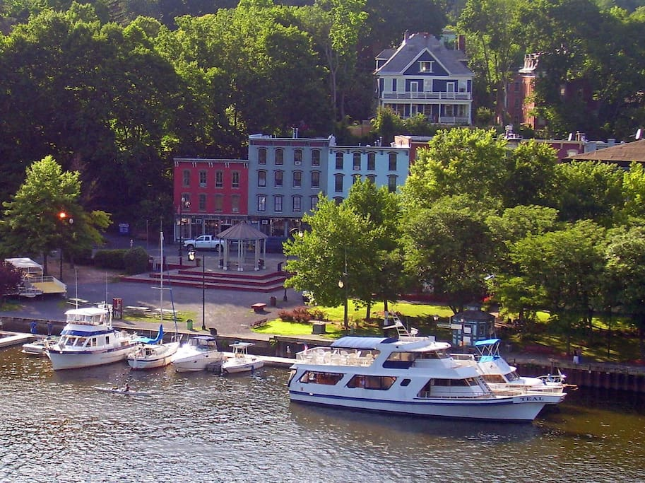 Rondout Waterfront.. just 2 blocks down the hill