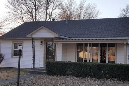 The Cottage in Oswego KS
