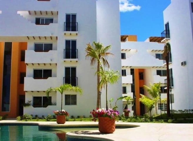 Cabo Penthouse @ La Isla. Walk to the Beach/ Town! - Cabo San Lucas - Kondominium