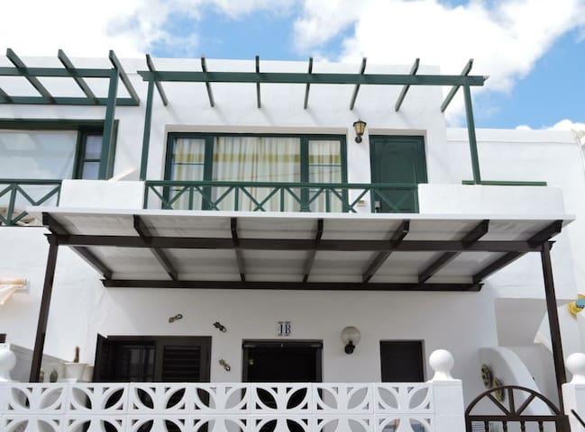 Golondrina's home