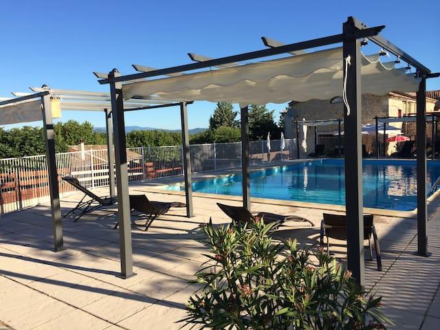 Mont Bouquet lodge Chambre 2 per Climatisé piscine