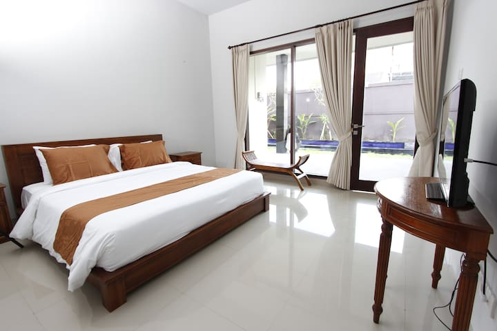 A modern room with swimming pool - Denpasar - Apartment