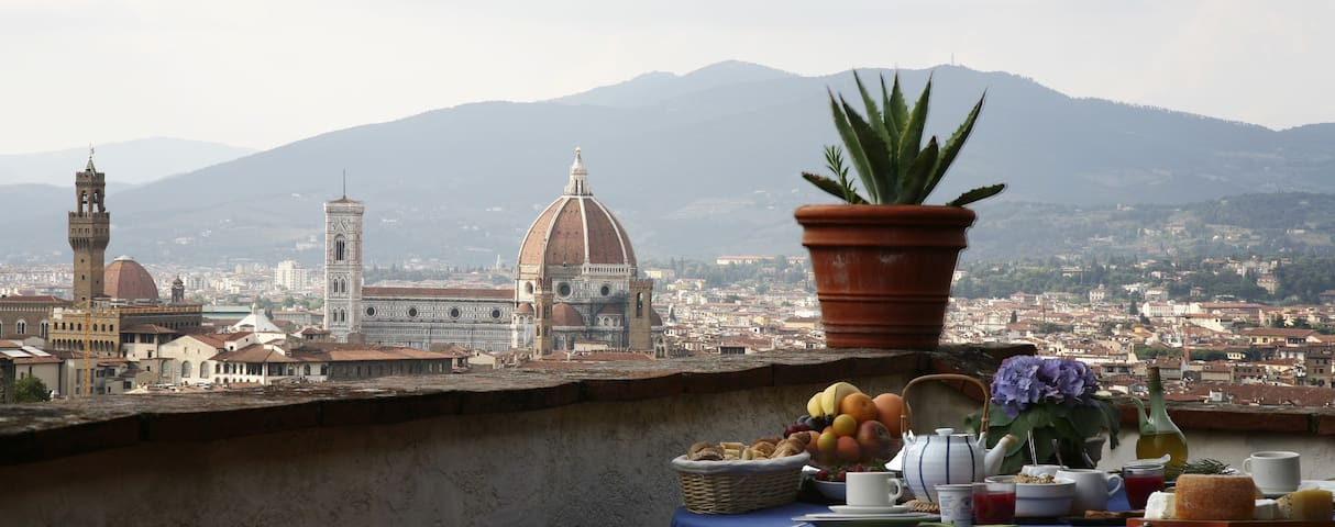 EXCLUSIVE CENTRAL VILLA WITH VIEW - Firenze - Villa