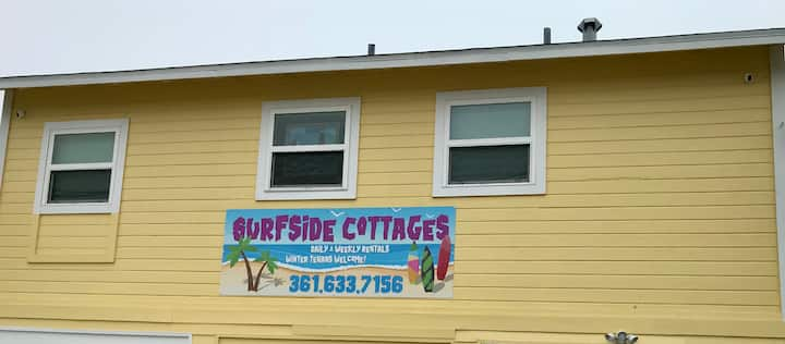 Sea Turtle Cottage overlooking Corpus Christi Bay