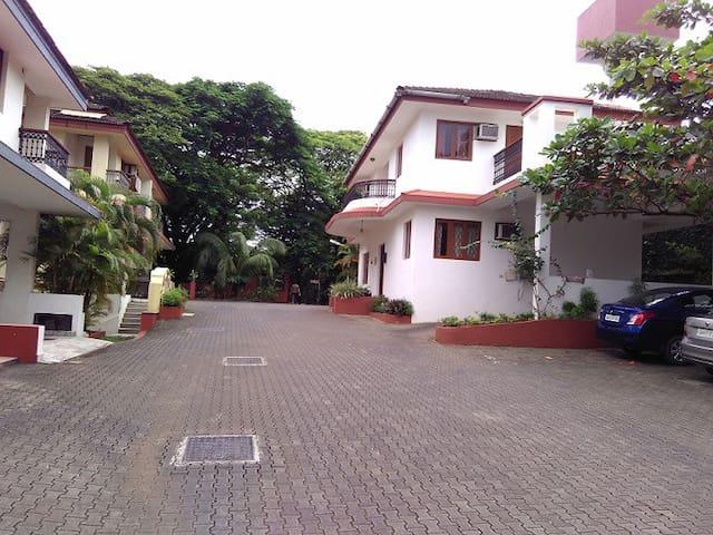 Min. 1 Yr Rental: 3 BHK Villa in Panjim Goa - Panjim