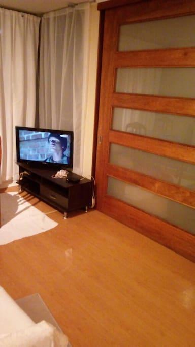 living/comedor con television (cable) y wi-fi