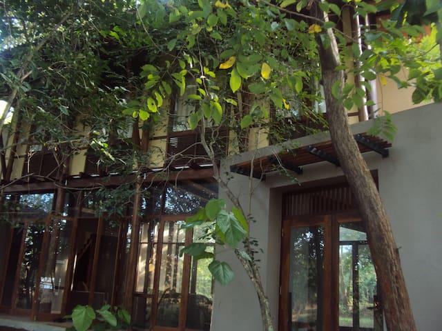 ELEPHANT GATE Eco Resort SIGIRIYA